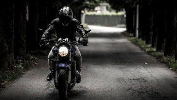 Czy jeansy motocyklowe nas chronią?